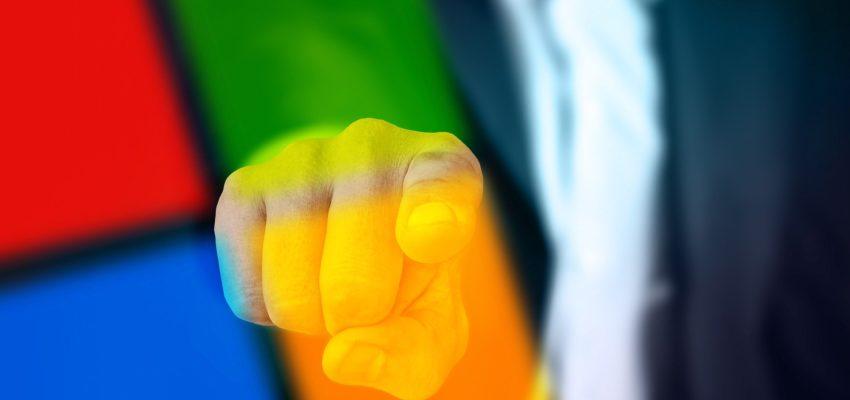 Hand die auf den Beobachter zeigt in Microsoft Farben